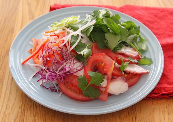 パクチーとたこトマトマリネのサラダ 画像