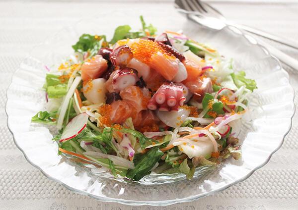 たっぷり野菜と魚介のマリネ   レシピ   サラダクラブ